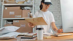 women doing inventory management
